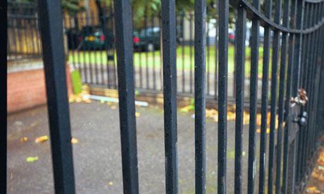 school-gates-006